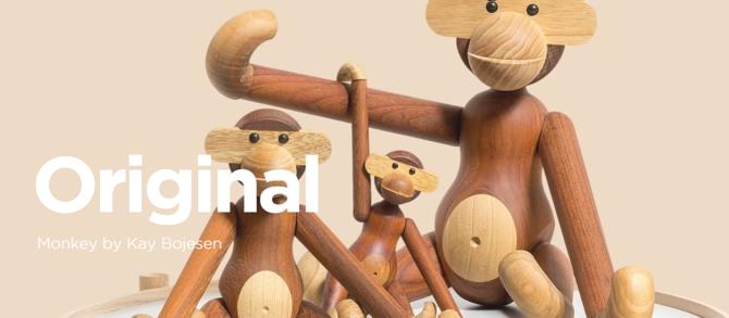 wooden monkey from https://brdr-kruger.com/en